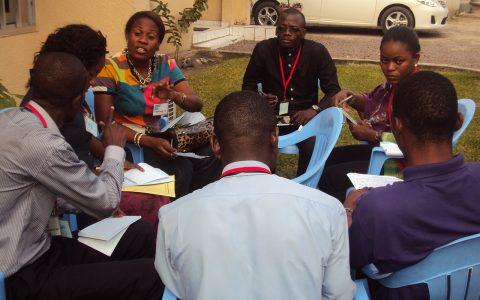 Atelier pour les jeunes de la RDC 13191 - Carissa Look